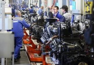 Ускорение производства: на линии стыковки и окраски двигателей КАМАЗа появился лифт