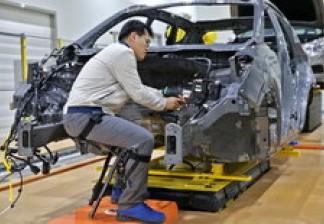 Hyundai Motor Group приступает к разработке носимых промышленных роботов-экзоскелетов